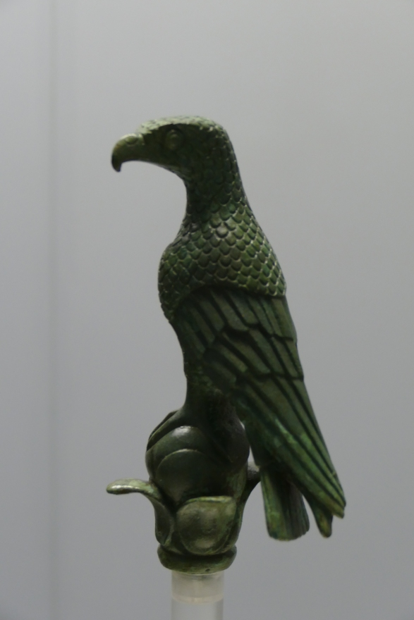 Bronze eagle from a scepter finial found at Dodona, possibly from a statue of Zeus. 6th/5th century BC. Joannina Museum