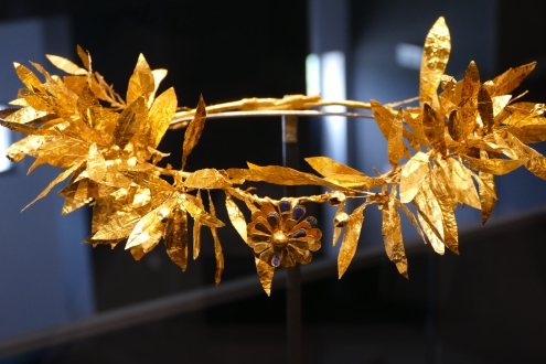 A Macedonian gold crown from a burial. Pella Museum